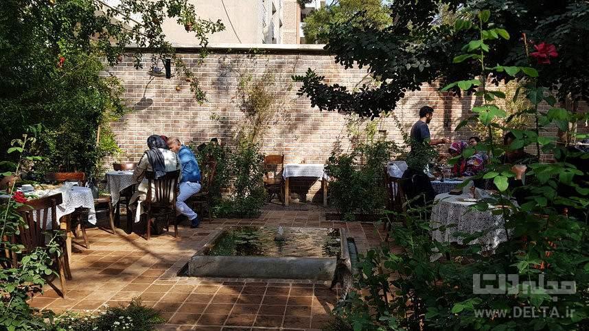 کافه تهرون و کافه نادری، لحظات نوستالژیک در تهران قدیم