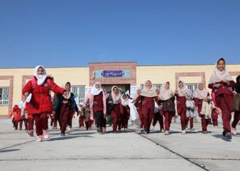 خبرنگاران موسسه مهر گیتی 50 مدرسه در کشور ساخت