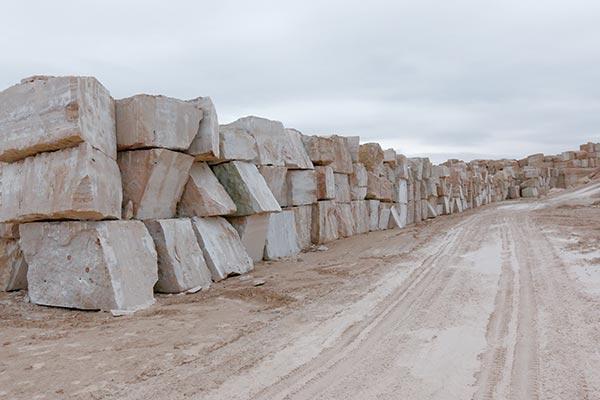 45 درصد از معادن سنگ تزئینی، غیرفعال است