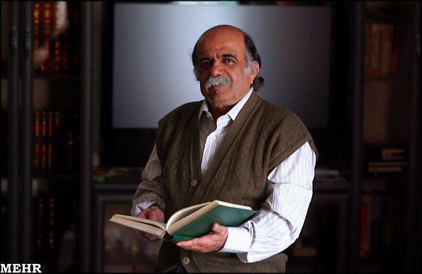 واکنش استاد میر جلال الدین کزازی به دفن استاد شجریان در آرامگاه فردوسی: پرسیدند نظرت چیست؟ می گویم، روا نیست آرامگاه بزرگان گورستان گردد