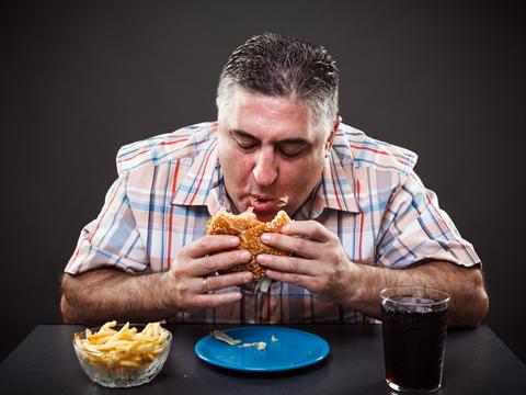 شما هم با عجله غذا میخورید؟