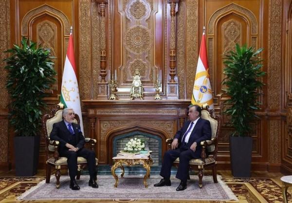 عبدالله در تاجیکستان: برای صلحی با حفظ ارزش های جمهوریت کوشش می کنیم