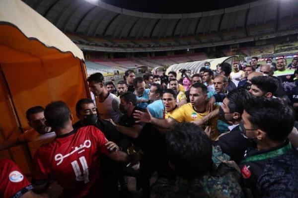 فتاحی: از قبل از مسابقه پرسپولیس اعتراض می کرد