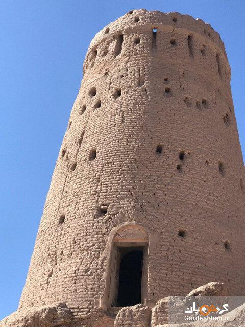 برج تاریخی بهرامجرد بردسیر بازسازی می گردد
