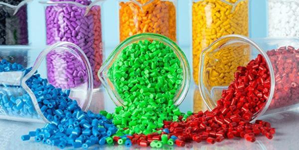 2.2 درصد از صادرات غیرنفتی متشکل از صنایع پلیمری است